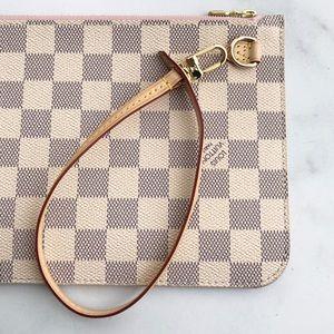⚡️SALE⚡️2019 LV Damier Azur wallet